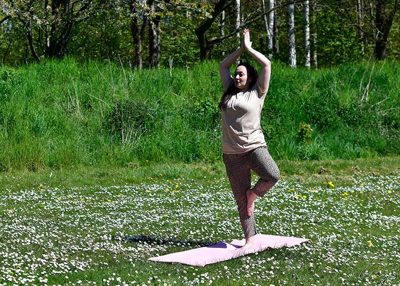 Yoga is een goede oefening voor mensen met MS