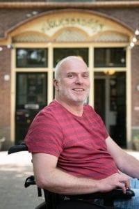 Danny van Bakel in scootmobiel