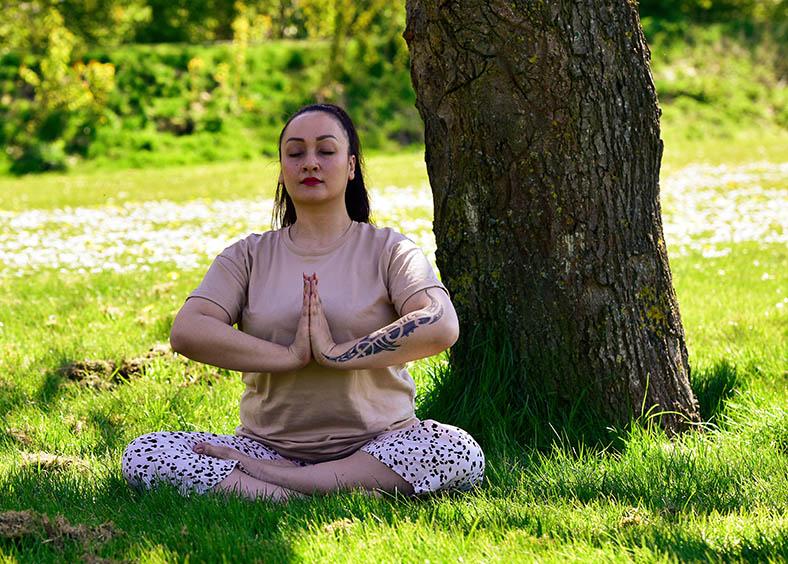 Ontspannen en mediteren kunnen helpen tegen te veel prikkels door MS